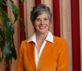 Leslie Dodson